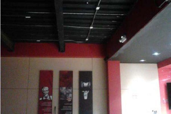 Fabricación de mezanine para ampliar el restaurante de la calle 100 KFC cliente