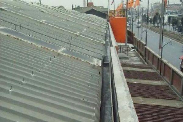 Mantenimiento de techos, limpieza y sondeo de canales y bajantes e impermeabilización de placas en concreto y domos.